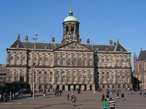 Paleis Op Den Dam Amsterdam Sculptures Square Blue Sky Dome Palace Dutch Classicism Wide Screen